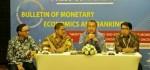 60 Paper Internasional Dipresentasikan dalam PertemuanBMEB