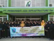 Siswa SMK Batik Purworejo, saat melakukan kunjungan industri ke Bandung dan Jakarta - foto: Sujono/Koranjuri.com