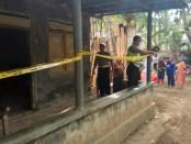 TKP rumah kontrakan di di Desa Candiwulan, Adimulyo, tempat korban ditemukan tewas - foto: Sujono/Koranjuri.com