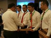 Penghargaan yang diberikan oleh Kementerian Agraria dan Tata Ruang/Badan Pertanahan Nasional (ATR/BPN) Penyidik Satgas Mafia Tanah Ditreskrimum Polda Metro Jaya - foto: Istimewa