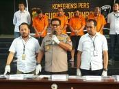 Tim Ditreskrimum Polda Metro Jaya, menangkap empat orang pelaku penipuan berkedok lembaga pemerintah - foto: Bob/Koranjuri.com