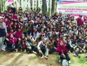 Para Pengurus OSIS dan Dewan Ambalan SMK Batik Purworejo, saat mengikuti kegiatan LDK di tempat wisata Si Kepel, Minggu (10/12) - foto: Sujono/Koranjuri.com