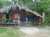 Rumah warga kurang mampu beratap Bebak di Rote Ndao, NTT - Foto: Isak Doris Faot/Koranjuri.com