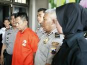 YA, kini ditahan di Mapolsek Butuh, karena mencuri dua hp di kantor jasa pengiriman barang J&T, di Desa Kaliwatubumi, Butuh - foto: Sujono/Koranjuri.com