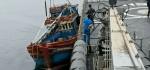 KRI Usman Harun-359 Tangkap Kapal Ikan Asing Vietnam Di Laut Natuna