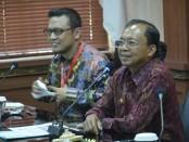 Gubernur Bali I Wayan Koster bersama Koordinator Unit Koordinasi dan Supervisi Bidang Pencegahan (Korsupgah) Komisi Pemberantasan Korupsi (KPK), Asep Rahmat Suwandha - foto: Istimewa