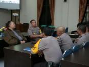 Tim Peneliti dari Puslitbang Polri, saat melakukan penelitian di Mapolres Kebumen, Rabu (6/3) - foto: Sujono/Koranjuri.com