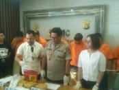 Subdit I Ditresnarkoba Polda Metro Jaya mengamankan 6 kilogram sabu jaringan Riau-Jakarta-Bandung - foto: Bob/Koranjuri.com