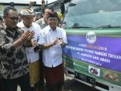Gubernur Bali Wayan Koster saat melepas ekspor komoditas pertanian senilai Rp 17,4 miliar di Packing House PT Buah Angkasa Bali, Pelabuhan Benoa, Kamis, 21 Maret 2019 - foto: Istimewa