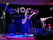Musisi Jass Indonesia Indro Hardjodikoro tampil di Ryoshi House of Jazz, Seminyak Bali pada Jumat, 12 April 2019 - foto: Koranjuri.com