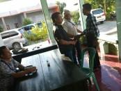 Ada dugaan pemilih ganda, Caleg Dapil 3 Rote Ndao membuat laporan Bawaslu Rote Ndao - foto: Zak/Koranjuri.com