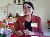 Kepala SMP Dwijendra Denpasar, Dra. Ni Wayan Nadi Supartini, M.Pd - foto: Koranjuri.com