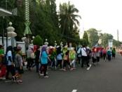 Peringati May Day, ratusan buruh di Purworejo, Rabu (1/5) pagi turun ke jalan - foto: Sujono/Koranjuri.com