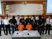 Pelaku penelan sabu-sabu asal Thailand diamankan Bea Cukai Ngurah Rai - foto: Istimewa