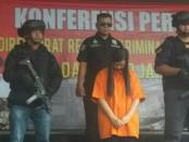 Subdit 3 Resmob Dit Reskrimum Polda Metro Jaya menangkap tindak kejahatan pencucian uang melalui permainan game mobile legends - foto: Bob/Koranjuri.com