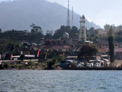 Danau Bratan di Desa Candikuning, Kecamatan Baturiti, Tabanan - foto: Koranjuri.com