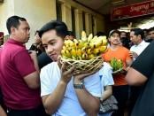 Kunjungan blusukan Jokowi beserta keluarga di sejumlah lokasi di Kota Solo antara lain, Pasar Gede Harjonagoro, Pasar Burung Depok dan singgah di Warung Soto Triwindu - foto: Muchlis Jr/Biro Pers Sekretariat Presiden