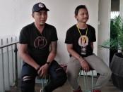 Ketua Himpunan Bartender Indonesia (HBI) Bayu Hendra (kiri) dan ketua panitia Bali Tandem Flair Competition Oka Angga (kanan) - Koranjuri.com