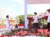 Gubernur Bali Wayan Koster menjadi inspektur upacara pada peringatan HUT Ke-74 RI di Lapangan Renon, Denpasar, Sabtu, 17 Agustus 2019 - foto: Istimewa