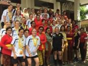 Kesebelasan Gold Fields U21 melakukan kunjungan ke SDN 11 Jimbaran - foto: Istimewa