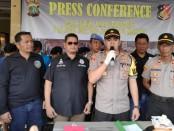 Polsek Kalideres Polres Metro Jakarta Barat mengungkap kasus pencuriankendaraan bermotor - foto: Bob/Koranjuri.com