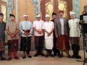 Keterangan pers terkait penguatan dan perlindungan tari sakral Bali di Rumah Jabatan Gubernur Bali Jaya Sabha, Denpasar, Selasa, 17 September 2019 - foto: Koranjuri.com