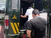 Tersangka pemberian keterangan palsu dalam akta dan atau/penggelapan, Harijanto Karjadi (65) resmi mendekam di Lapas Kelas II A Denpasar di Kerobokan, Jumat, 27 September 2019 siang - foto: Istimewa