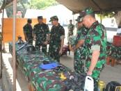 Dankodiklatau Marsekal Muda TNI Tatang Harlyansyah, S.E., M.M., saat meninjau fasilitas barak siswa di Skadik 404 Lanud Adi Soemarmo - foto: Istimewa
