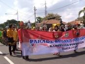 Parade Budaya Nusantara meriahkan peringatan Sumpah Pemuda di Purworejo, Senin (28/10) - foto: Sujono/Koranjuri.com