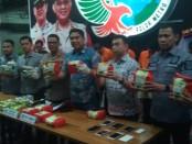 Empat tersangka anggota sindikat ini berhasil dibekuk di Riau tepatnya di Dumai dan di Bengkalis pada 12 Oktober 2019 lalu - foto: Bob/Koranjuri.com