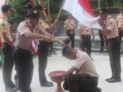 Kamabigus Toto Wibawa, saat melantik Dewan Ambalan dari Gudep SMK YPT Purworejo, Selasa (17/12) - foto: Sujono/Koranjuri.com