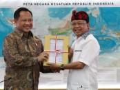Gubernur Bali Wayan Koster bersama Mendagri Tito Karnavian - foto: Istimewa