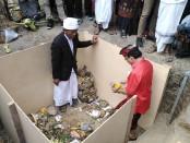 Gubernur Bali Wayan Koster menghadiri upacara peletakan batu pertama pembangunan gedung Majelis Desa Adat Bali, Senin, 27 Januari 2020 - foto: Koranjuri.com