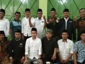 Gibran bersama para tokoh di relawan Bintang Songo - foto: Koranjuri.com
