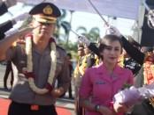 Upacara Pedang Pora, menyambut kedatangan Kapolres Purworejo yang baru, AKBP Rizal Marito, Jum'at (17/1/2020) - foto: Sujono/Koranjuri.com