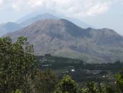 Gunung Batur di Kintamani, Kabupaten Bangli -foto: Ilustrasi/Koranjuri.com