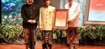 Sastrawan IB Sunu Pidada Terima Penghargaan Sastra dari Pemprov Bali