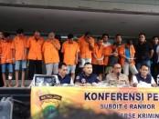 Para pelaku curanmor yang ditangkap Subdit 6 Ranmor Ditreskrimum Polda Metro Jaya - foto: Bob/Koranjuri.com