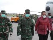 4.000 unit alat pelindung diri (APD) yang diangkut dengan menggunakan Pesawat Boing B737-400, mendarat di baseops Lanud Ngurah Rai, Senin, 23 Maret 2020, pukul 15.30 Wita - foto: Istimewa/fb Pemprov Bali