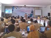 Pelatihan dan bimtek aplikasi Kembang Desa, yang diikuti oleh para pejabat penatausahaan keuangan desa dari 469 desa se Purworejo, yang dimulai Senin (2/3/2020) - foto: Sujono/Koranjuri.com