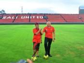Ketua Umum PSSI Mochamad Iriawan bersama Gubernur Bali Wayan Koster meninjau stadion Wayan Dipta yang dinominasikan sebagai salah satu venue gelaran piala dunia U-20 tahun 2021 - foto: Istimewa