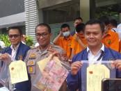 Subdit Tipid Siber Ditreskrimsus Polda Metro Jaya kembali menangkap 4 pelaku kejahatan perbankan - foto: Bob/Koranjuri.com