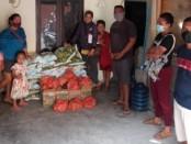 Paguyuban Ebulobo menyiapkan 500 kilogram beras, mie instan, telur untuk dibagikan kepada warganya yang tertahan di Bali karena larangan operasional transportasi untuk memutus penyebaran covid-19 - foto: Istimewa