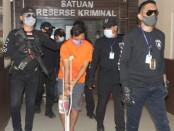 Perampok Kelompok Weton yang diringkus ketika akan melarikan diri ke Jawa Tengah - foto: Istimewa