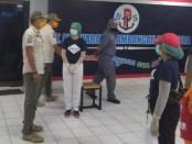 Kasatpol PP Bali bersama Kadis Perhubungan Gde Samsi Gunarta melakukan sidak ke Pelabuhan Gilimanuk, Sabtu (18/4/2020) - foto: Istimewa