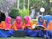 Siswa SMK Kesehatan Purworejo. Sekolah ini merupakan satu-satunya SMK kesehatan di Purworejo yang sudah terakreditasi A - foto: Sujono/Koranjuri.com