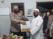 Direktur Binmas Polda Metro Jaya Kombes Pol. Badya Wijaya, melakukan pemantauan kegiatan awak Pos Kamling - foto: Istimewa