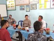 Tim Penilai Lomba Bhabinkamtibmas Polda Jateng yang diketuai AKBP Drs Muhammad Toha, MM, saat mengunjungi Desa Kuwurejo, sebagai desa binaan Bhabinkamtibmas Polsek Kutoarjo, Selasa (9/6/2020) - foto: Sujono/Koranjuri.com
