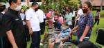 Bupati Serahkan Bantuan untuk Seniman dan Penyandang Difabel di Gianyar