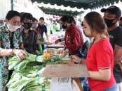 Ketua TP PKK Bali Putri Suastini Koster menghadiri Pasar Tani Bali Menuju Organik Ke-4 di kantor Dinas Pertanian dan Ketahanan Pangan Provinsi Bali, Jumat, 3 Juli 2020 - foto: Istimewa